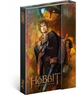 Týždenný magnetický diár Hobbit 2019, 10,5 x 15,8 cm